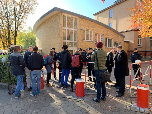 Dritter Anlauf: AfD-Mitbegründer Bernd Lucke hält ...